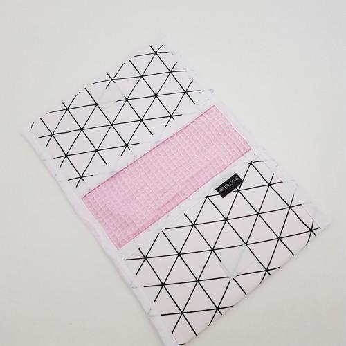 Luieretui wafel roze - witte driehoeken