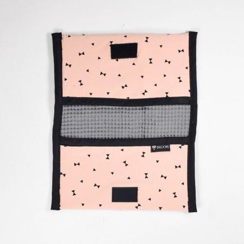 Luieretui wafel donkergrijs - pink triangles